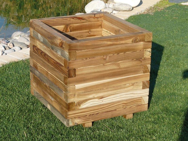 Jardineras de madera madering jard pond for Jardineras de madera para exterior