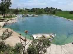 Estanque para reserva de agua en Campo de Golf