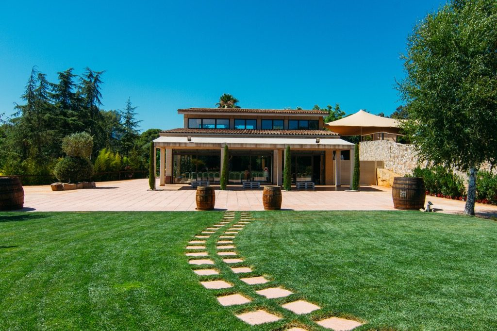 Jardin de restaurant exclusif pour les mariages jardi for Restaurant dans un jardin